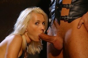 Kinky slavesex of naughty blonde blowjob babe giving head and oral sex